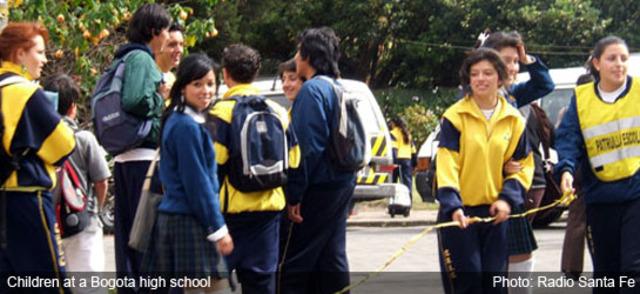 Facebook y la violencia escolar en Bogotá