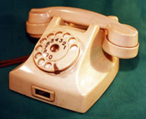 """""""El teléfono antiguo"""""""