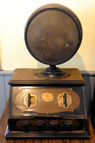 Primer aparato de radio