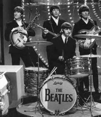 Surge la música beat de la mano de los primeros discos de los Beatles