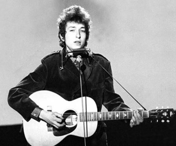 Bob Dylan o Crosby.