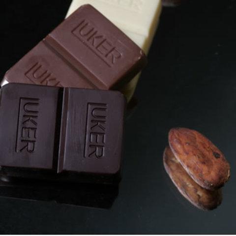Primera pastilla de chocolate
