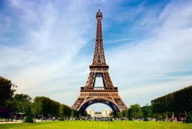 Eiffel Tower was built