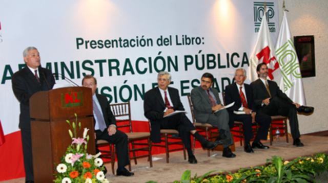 """José Castelazo. """"La administración pública"""""""