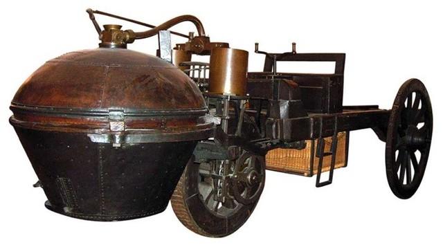 Primer vehículo a vapor
