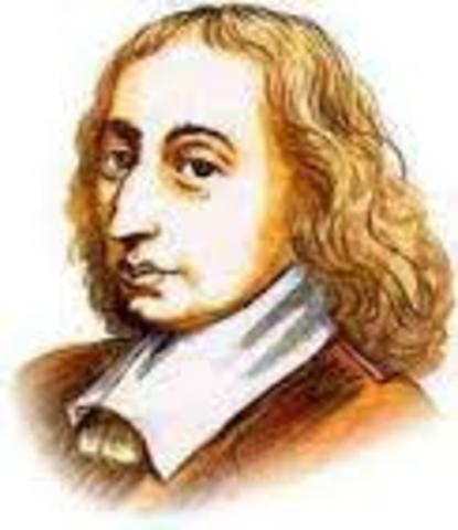 1642: Primera máquina de sumar