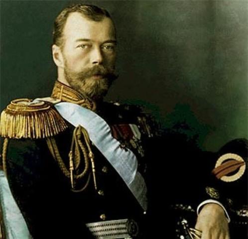 Nicolás II ordena la movilización de sus fuerzas armadas