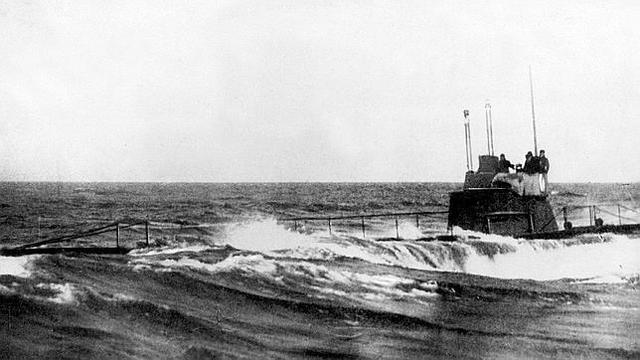 Submarinos alemanes contratacan