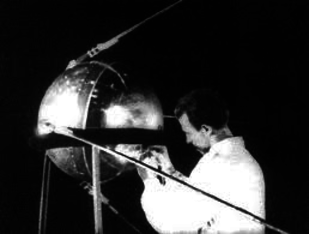 Sputnik I y Impresora Matricial