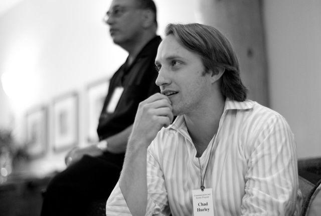 2005 otsailan sortu: Chad Hurley, Steve Chen y Jawed Karim