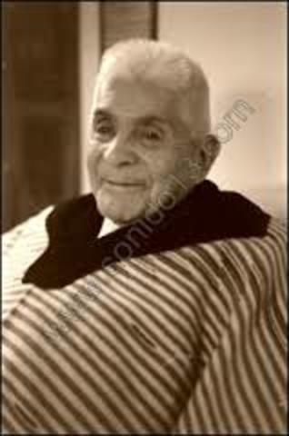 Julián Carrillo Trujillo  (28 de enero de 1875 - 9 de septiembre de 1965)