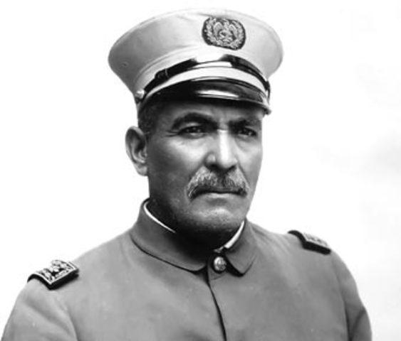 Victoriano Huerta traiciona a Madero