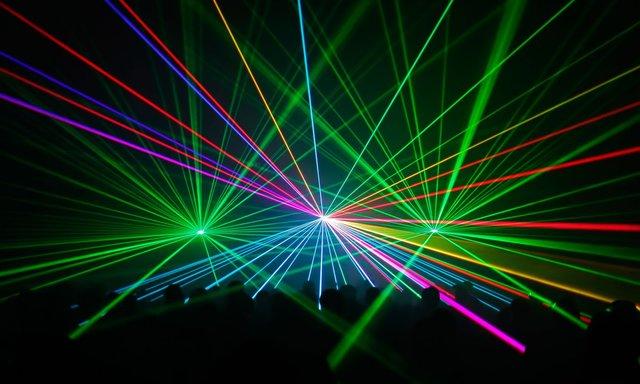 Invención del láser