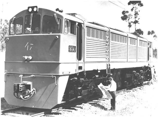 Primeira locomotiva elétrica.
