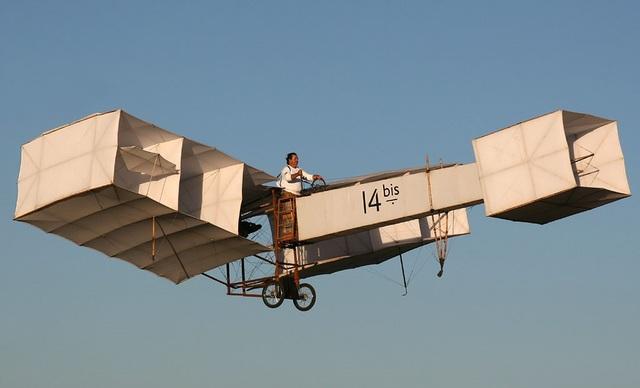 Exibição pública do avião