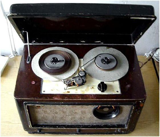 Катушечный ламповый магнитофон «Днепр-3»