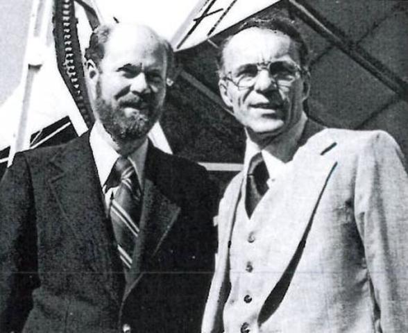 Penzias y Wilson (1964)