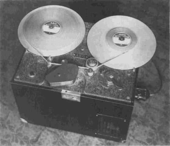 Grabadora De Sonidos (1898 Valdemar Poulsen)