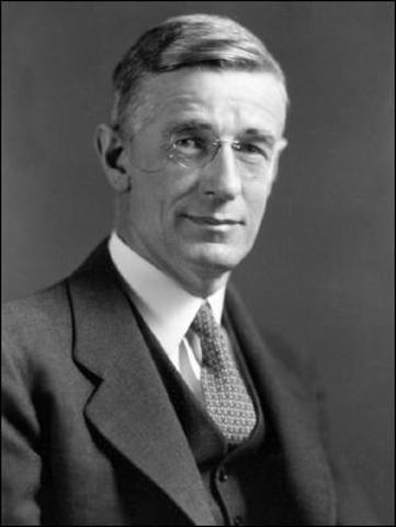 Ванневар Буш (1890-1974)