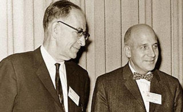 Джон Моучли (1907-1980) Преспер Экерт (род. в 1919)