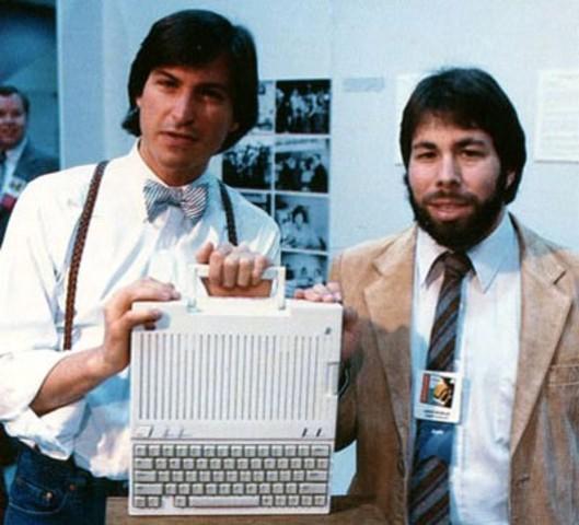 Стивен Пол Джобс (1955-2011) и Стивен Возняк (1955 г.р.)