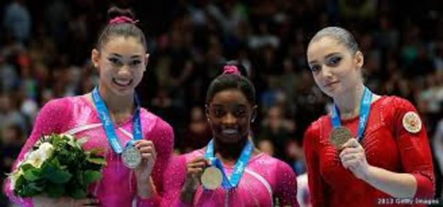 2013 Worlds- Simone Is Back On Her Feet