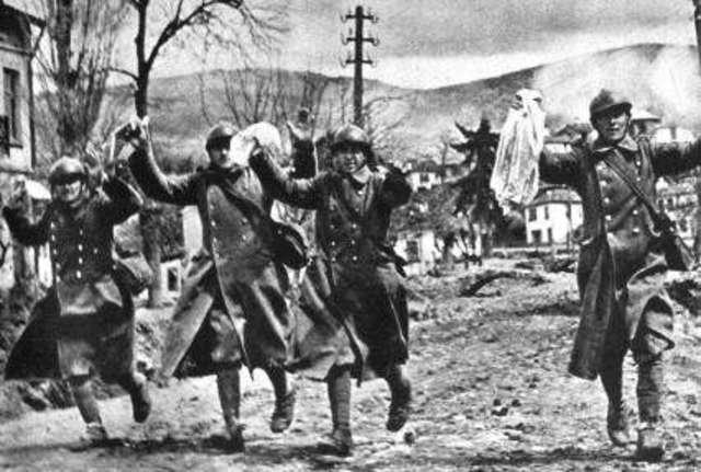Alemania invade Yugoeslavia y Grecia.