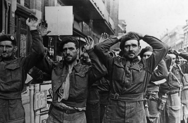 Italia se rinde a los aliados.