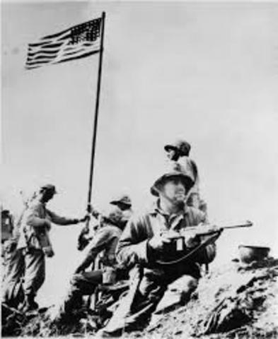 EE.UU. derrota a Japón en la batalla de Guam.