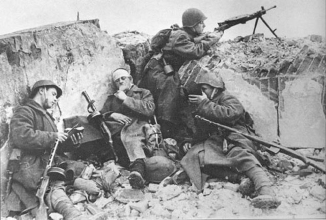 EE.UU. derrota a Japón en la batalla de Iwo Jima.