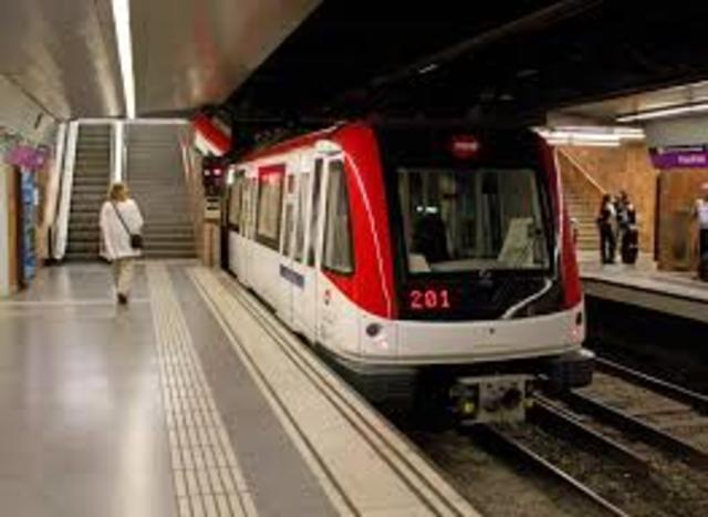 METRÔ transporte ferroviário