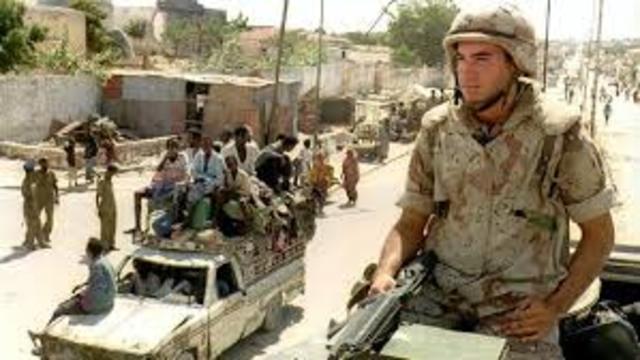 US Marines land near Mogadishu