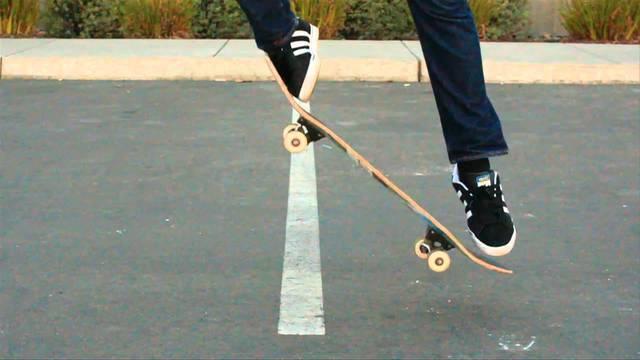 Primer salt en skate