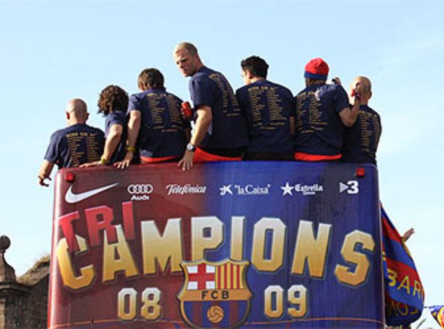 Veig l'autocar del Barça
