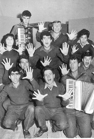 """1957 להקת הנח""""ל"""