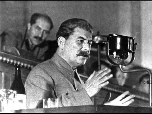 Discurso de Stalin en Moscú
