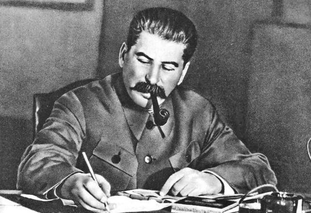 Stalin responde el discurso de Churchill