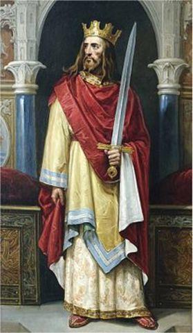 Sube al trono Juan II