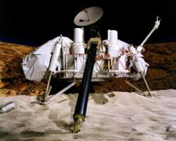 Viking Space 1 Lands on Mars