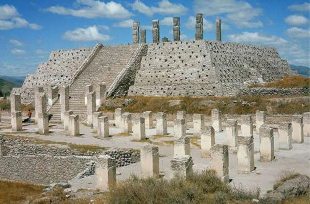 900 d.C. – 1200 d.C.