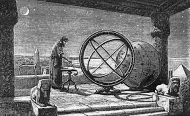Hiparco elabora el primer catálogo astronómico con unas 850 estrellas.