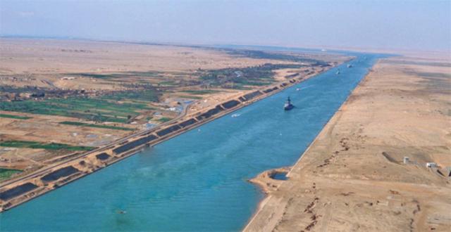 Construcció del canal de Suez.
