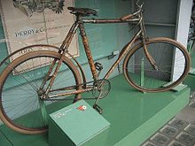 Invenció 1ra bicicleta