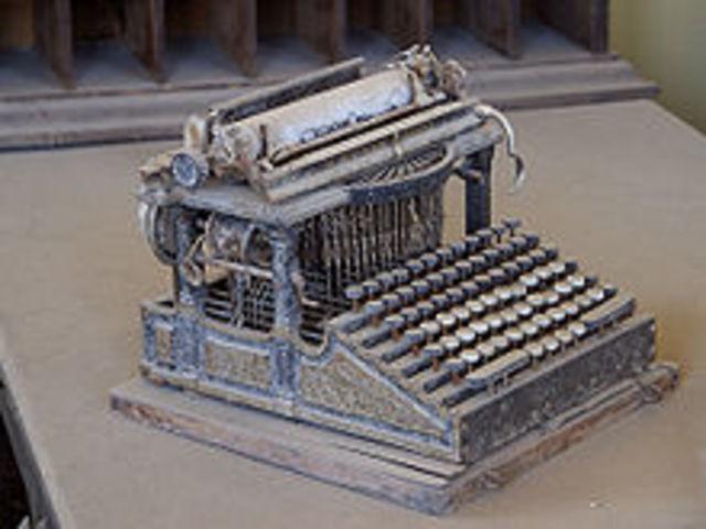 Es patenta la màquina d'escriure (Scholes)
