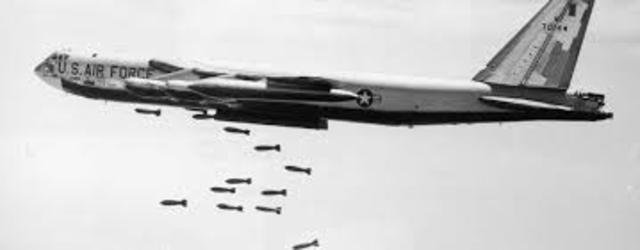 Vietnam- US bombs Viet Cong