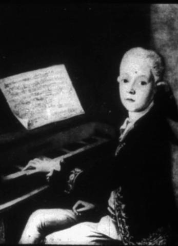 Első operái