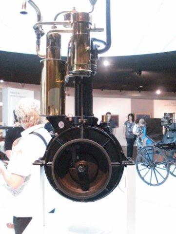 Karl Benz Patenta El Motor De Combustión Interna De 2 y 4 Tiempos