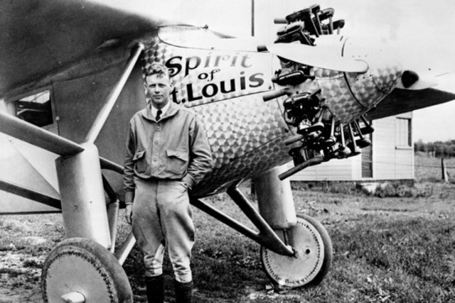 Charles Lindbergh crosses the Atlantic in the spirit of st. Louis