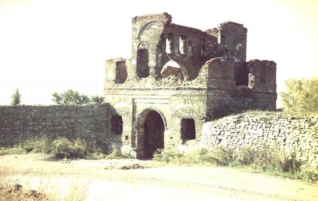 Основание крепости