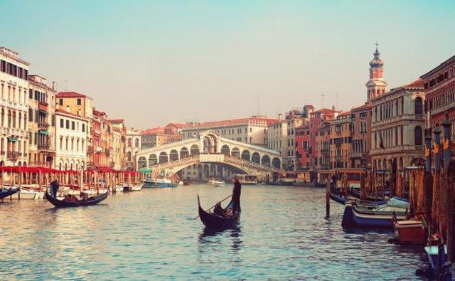 A chegada imprevista a Veneza